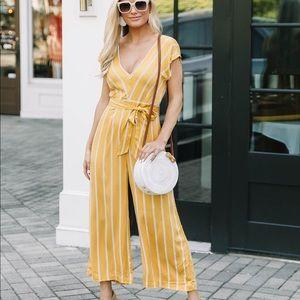 BB Dakota Yellow Striped Jumpsuit, size 6